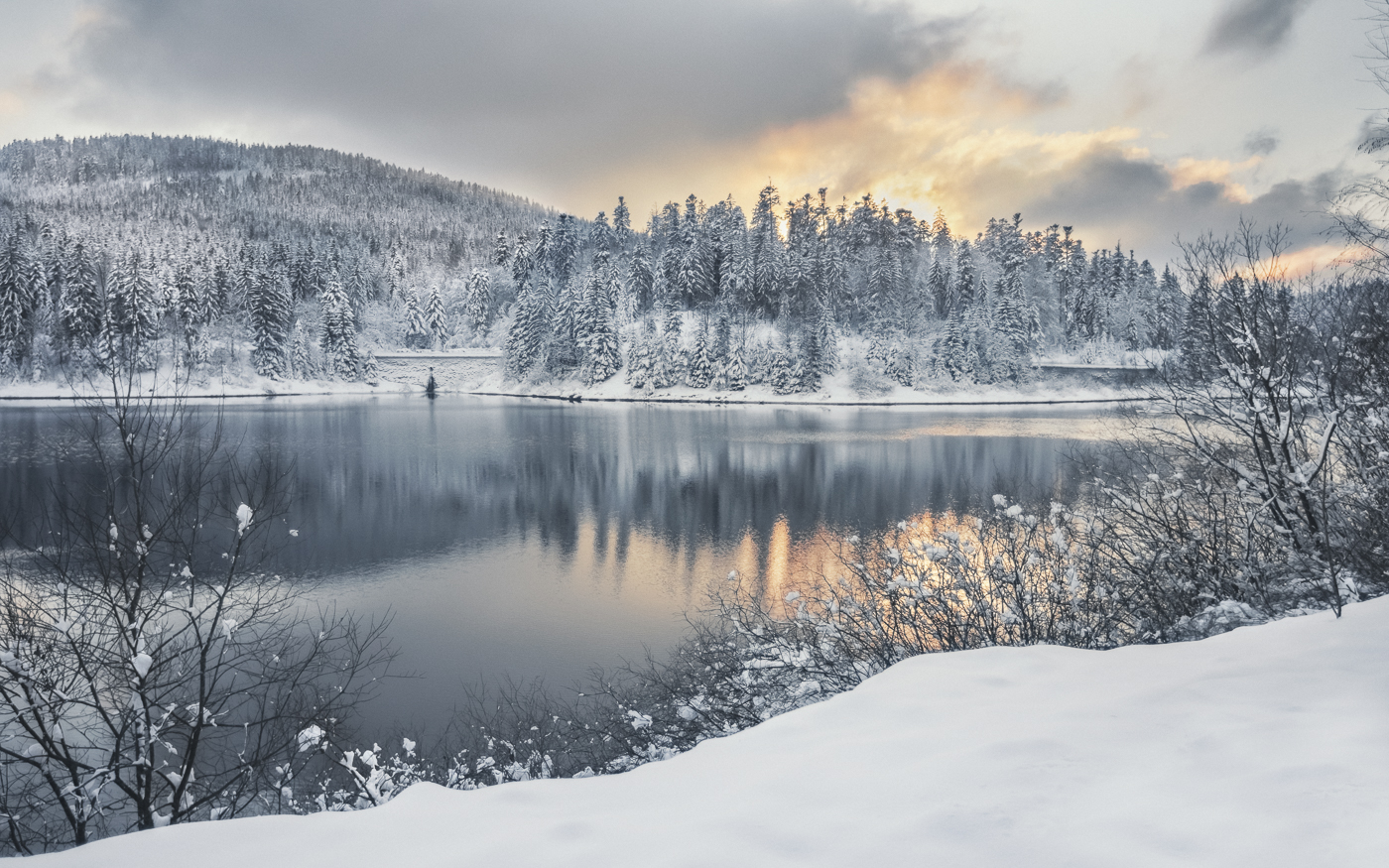 Winter at the Barrier Lake